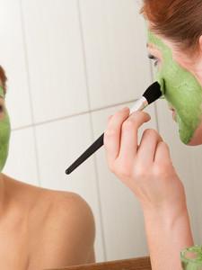 Как бороться с пигментными пятнами на лице?