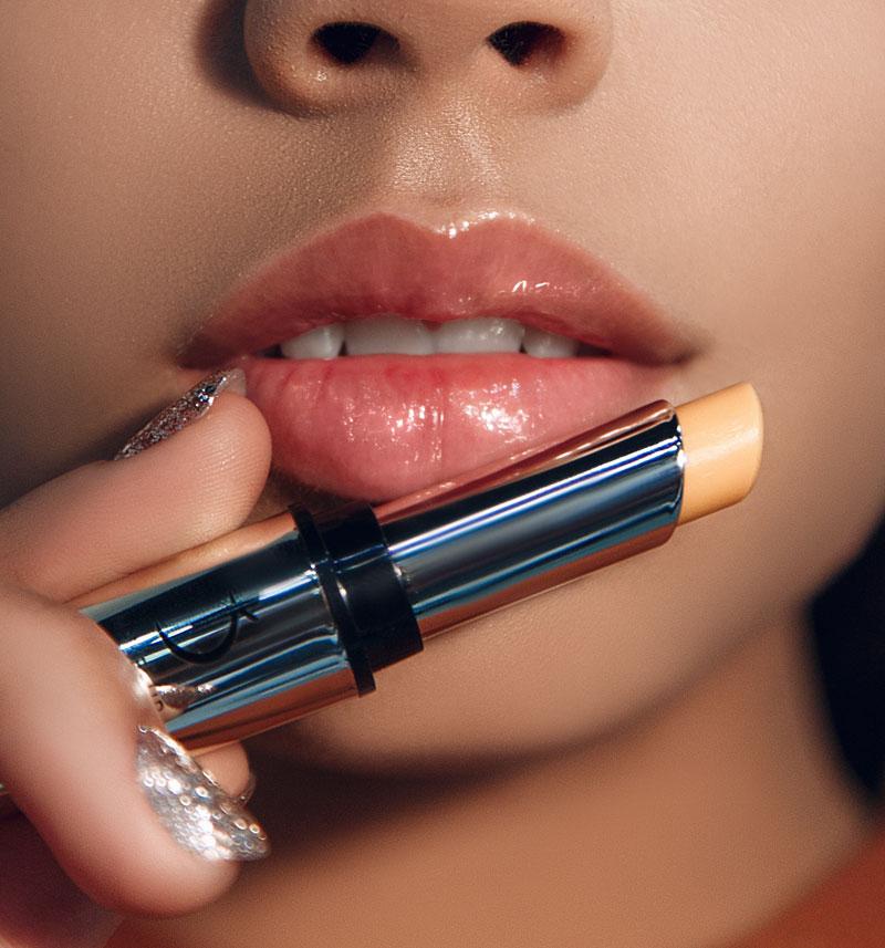 фото - сухие губы